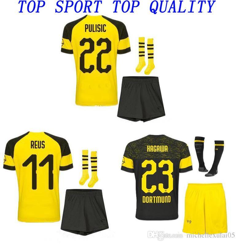 Compre 2018 19 Crianças DORTMUND Kits De Futebol 18 19 REUS PULISIC SANCHO  Camisas De Futebol Shorts Meias Meninos Qualidade Thai Uniformes De Futebol  Fatos ... b203f6f1be1a9