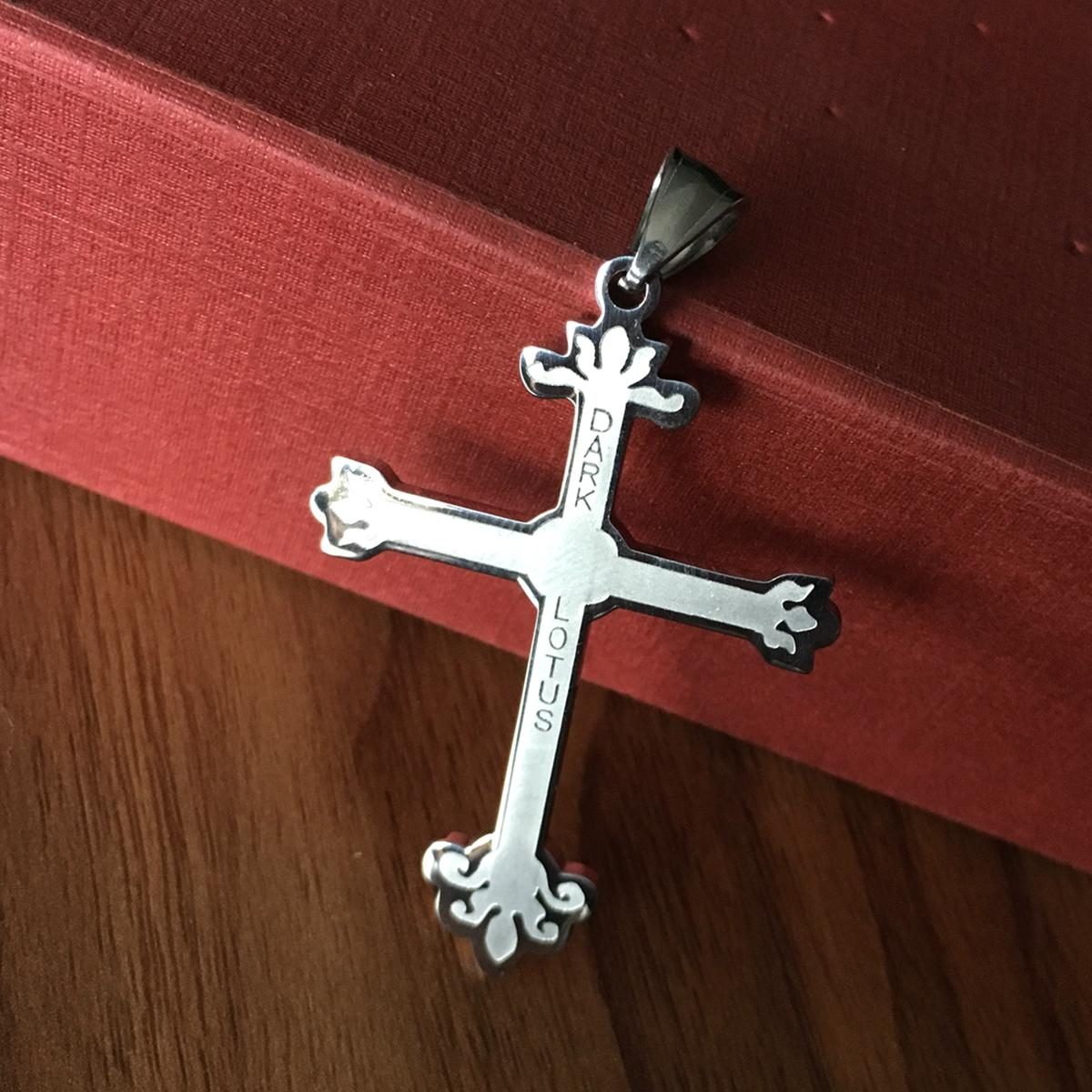 темный Лотос крест большой 2,5-дюймовый высокий выгравированы juggalo очарование ICP twiztid большой темный Лотос очарование ICP топор кулон
