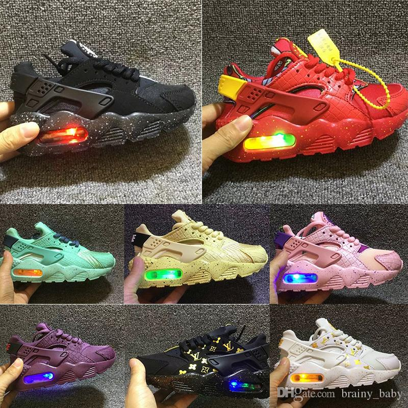 a09d87ed88e Acheter Flash Light Nike Air Huarache Enfants Chaussures De Course Sneakers  Bébé Enfants Huaraches Huraches Designer Hurache Casual Bébé Garçons Filles  ...