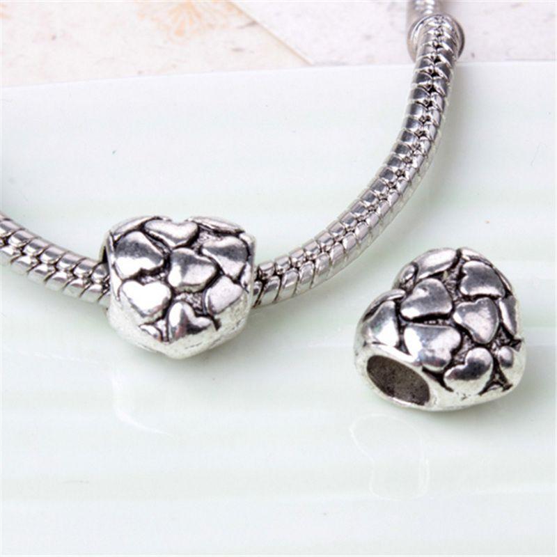 Pieno con il piccolo fascino della lega del cuore la catena del serpente del braccialetto di Pandora o il branello allentato dei monili di modo della collana Nuovo arrivo