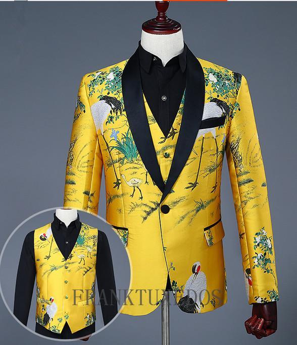 322e922d7 Compre 2018 Hombres De Moda Traje De Bordado De Oro Slim Male Cantante  Vestido De La Etapa De Esmoquin Boda 3 Piezas Trajes Chaqueta + Pantalones  + Chaleco ...
