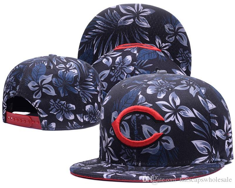 One Piece 2018 New Arrival Men s Full Floral Print Snapback Caps ... 1b2520525fa3