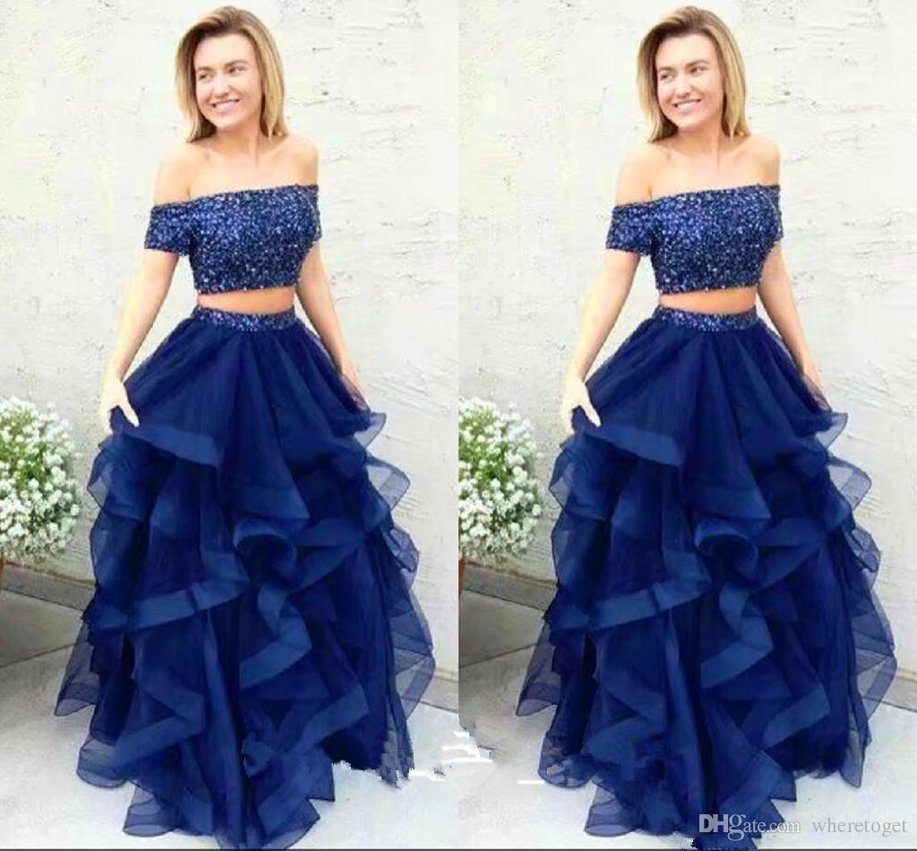 2018 Azul marino, dos piezas, vestidos de baile con lentejuelas, sobre el hombro, longitud del piso, volantes de tul gradas, faldas, trajes de fiesta por la noche formal, baratos