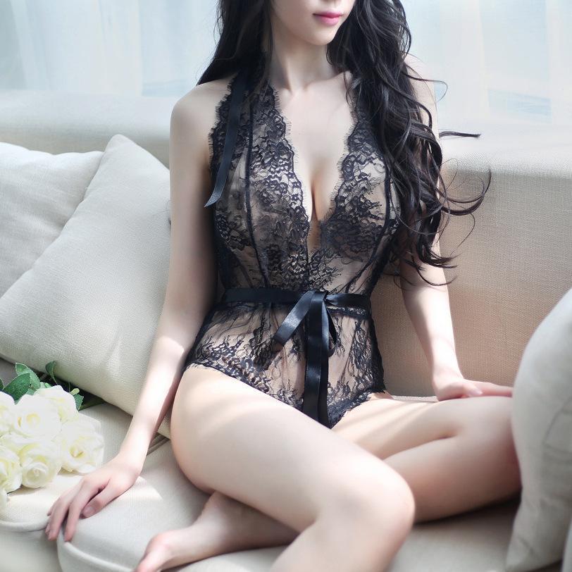 Sexy nude gilrs