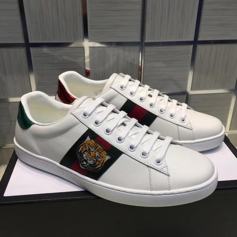 Compre Gucci Top Calidad ACE Bordado Blanco Negro Tigre Zapatos De Cuero  Genuino Del Diseñador Sneaker Marca De Lujo Para Mujer Zapatos Casuales  Tamaño 35 ... f8b2f434cc6