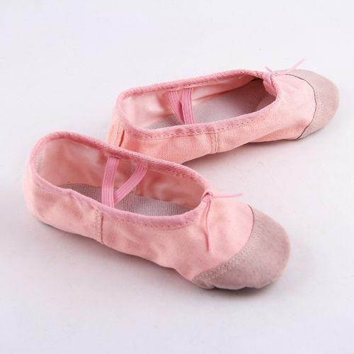 f54a49b256 Compre Tamanho 22 30 Meninas Rosa Preto Ballet Dança Yoga Ginástica Sapatos  De Divisão Único Algodão Crianças Sapatos Bonito Macio Chinelo De Sightly