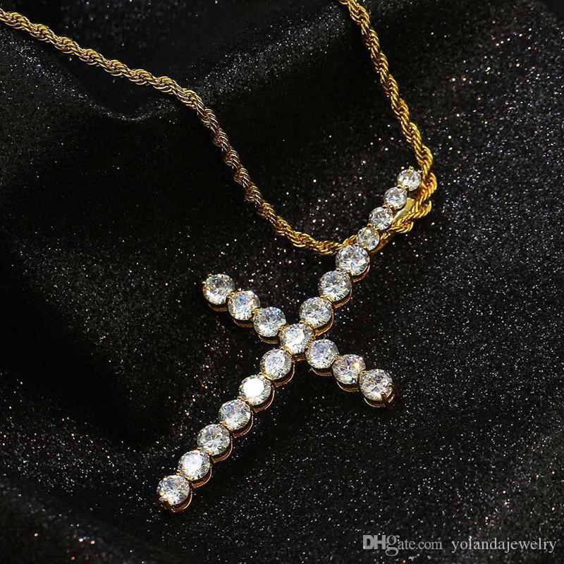 8 Diseños de opciones Collar de cruz de moda Chapado en oro CZ Clavo cruzado Collar colgante para hombres, mujeres NL-749
