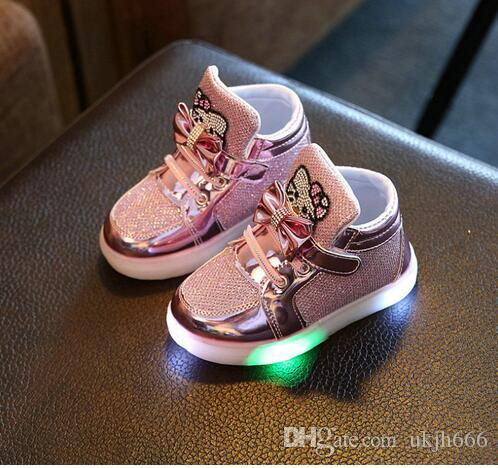 Acquista KKABBYII Scarpe Bambini New Spring Hello Kitty Strass Led Shoes  Girls Princess Scarpe Sveglie Con Luce EU 21 30 A  15.25 Dal Ukjh666  a350ee63d39