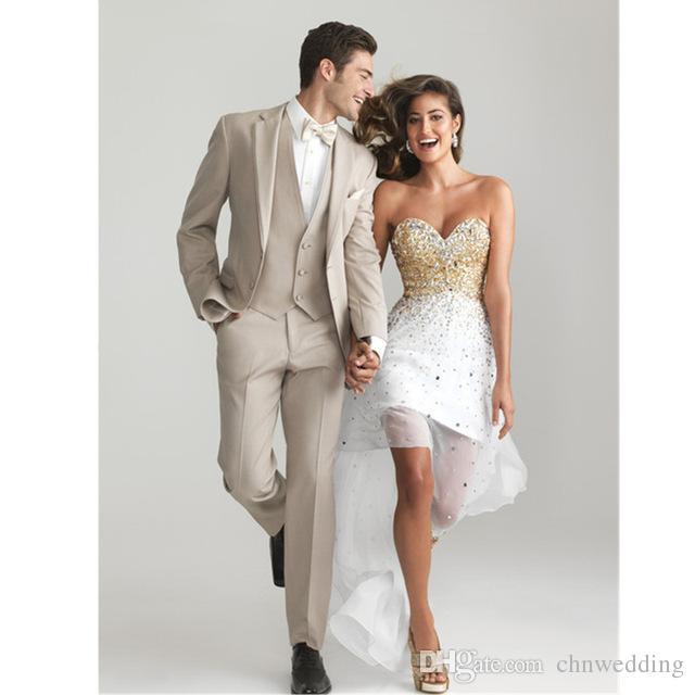Último diseño Hombres delgados Trajes de color caqui para esmoquin de boda Vestido de fiesta Terno masculino 3 piezas chaqueta + pantalón + chaleco Trajes de fiesta para novio Hombre Blazer