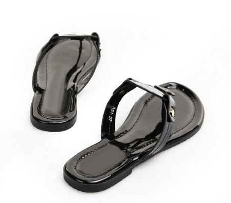 d8d94b87d979 2017 Red Women Wear Flip Flops Shiny Patent Genuine Leather New Women Thong  Sandals Summer Women Beach Sandals Flip Fllops Wedge Boots Comfortable Shoes  ...