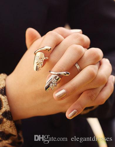En Satış Avrupa Moda Sevimli Retro Çiçek Yusufçuk Boncuklu Rhinestone Erik Yılan Altın Gümüş Yüzük Parmak Tırnak Yüzükler Gelin Takı Ucuz