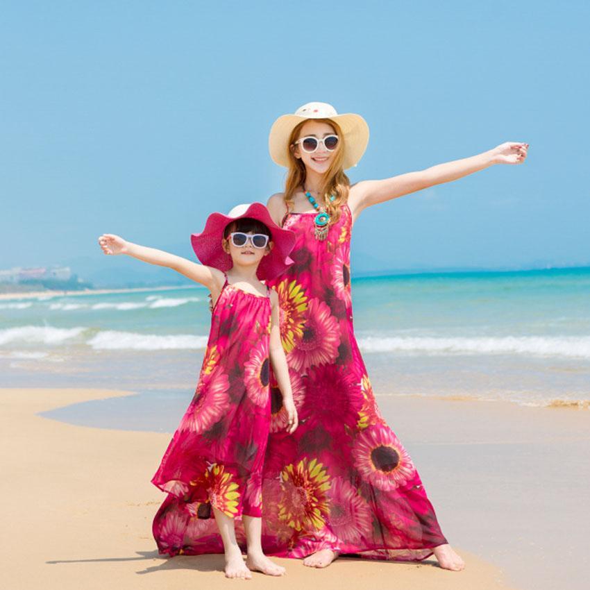 e7a3bdda1 Compre Trajes A Juego Con La Familia Madre Hija Ropa Flores Imprimir  Vestidos De Playa De Verano Vestido De Gasa De Mirada Familiar Madre Niños  A $49.45 Del ...