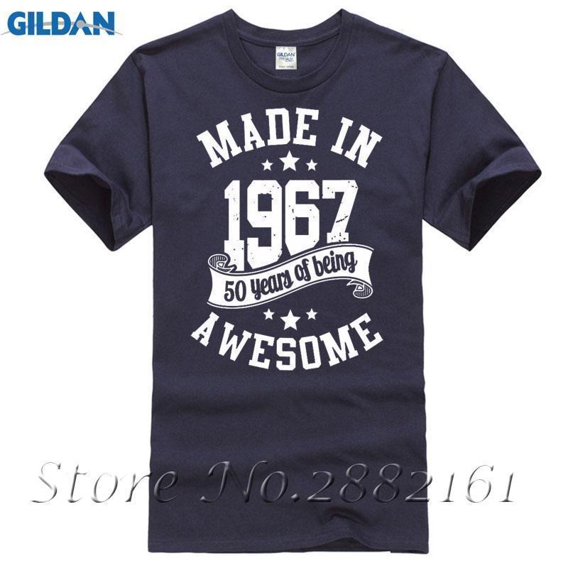 d37215cf848169 Großhandel Made In 1967 Alter T Shirt 50. Geburtstag Geschenk Geboren  Awesome Männer Frauen Damen Fünf Farben Von Amesion93, $12.08 Auf De.Dhgate.