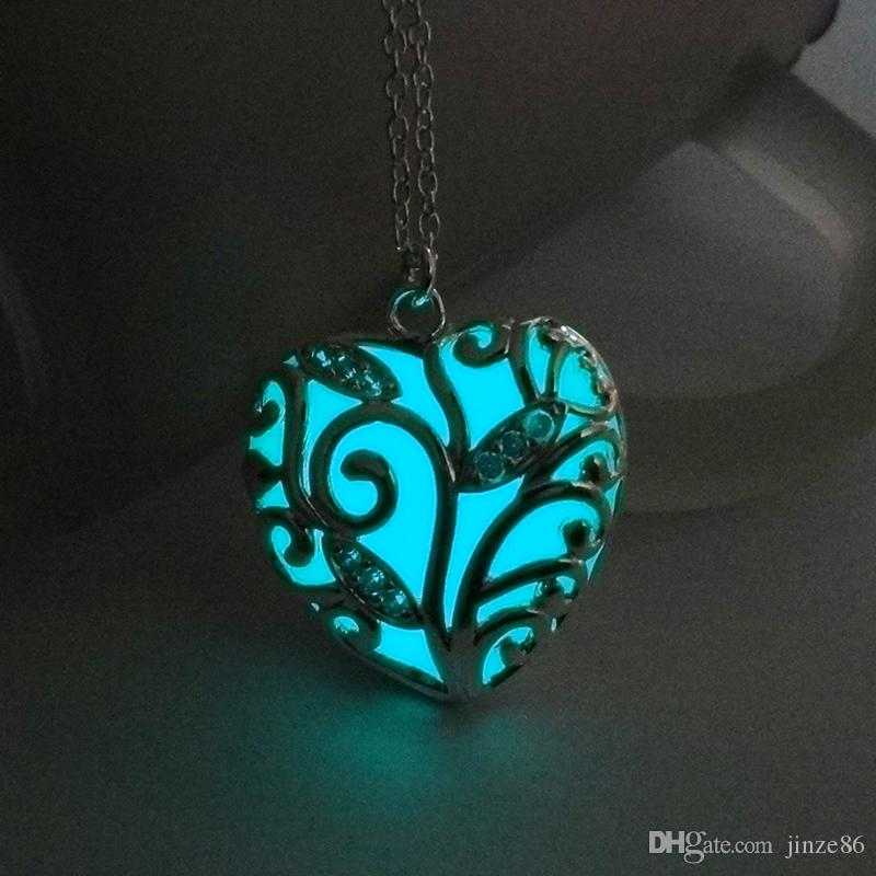 Glowing In The Dark Heart Shape Pendants Necklaces Silver Color Chain Necklaces Hollow Plant Cage Design Choker Necklace Collares Jewelry