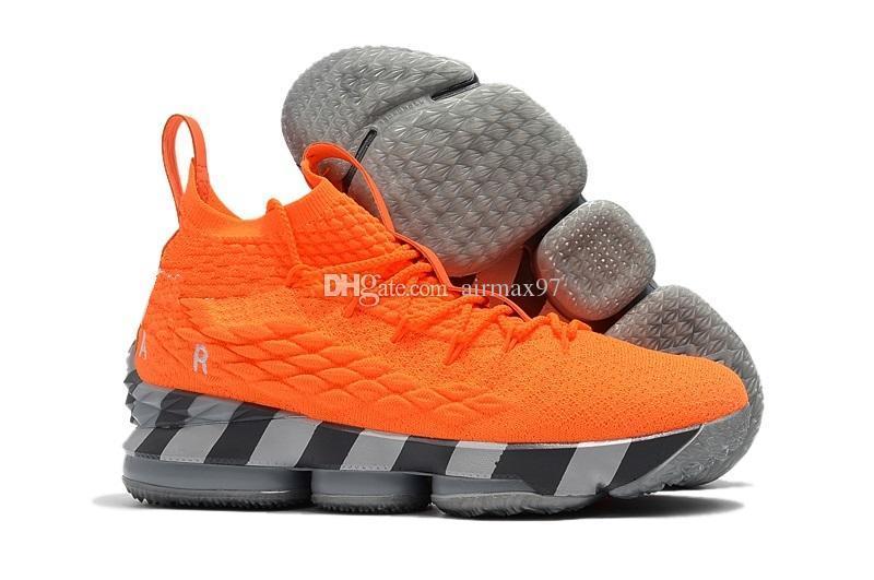 meet cd7f1 a5bcc Acheter 2018 15s Lebrons 15 Trainer Course À Pied Chaussures Femmes Hommes  James Tous Noir Blanc Chaussures De Running Athlétique Extérieur Basketball  ...