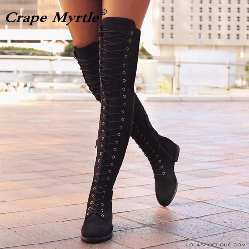 814a73b26 Compre Venta Caliente 2019 Lace Up Rodilla Botas Altas Mujeres Otoño De Cuero  Suave Moda Negro Cuadrado Talón Mujer Zapatos De Invierno De Gran Tamaño 35  43 ...