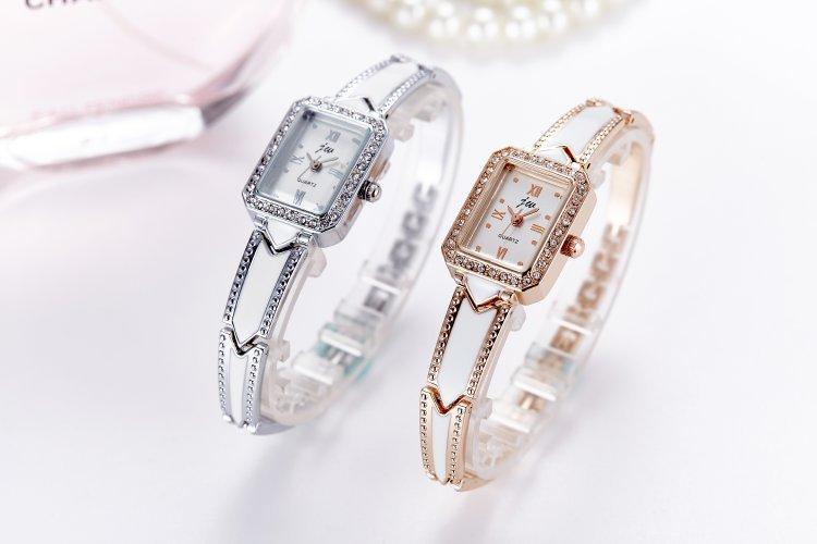 Moda Moda Relojes Relojes Pulsera Correa Diseño Blanco Retro Estilo Cuarzo Reloj Buena Regalo Mujer Reloj Rhinestone Rhinestone Reloj Casual