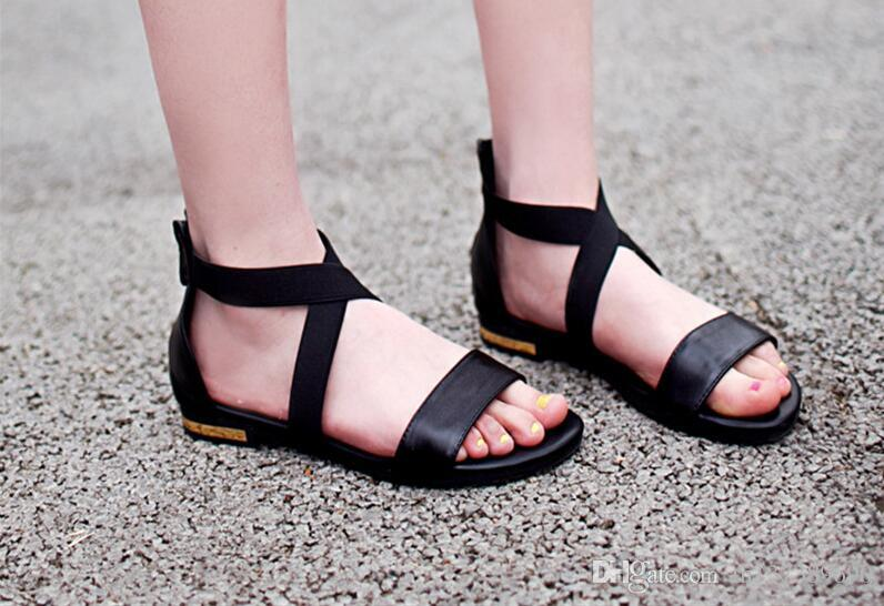 890ada76b 2018 Genuine Leather Women Sandals Hot Sale Fashion Summer Sweet Women  Flats Heel Sandals Ladies Shoes Black Saltwater Sandals Designer Shoes From  ...