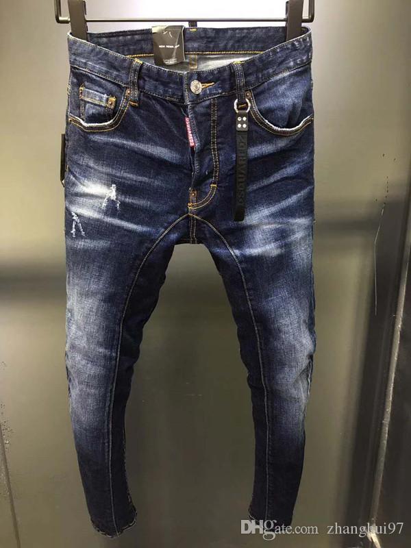 1eaa2b8bbbe164 Compre Modelos De Explosión D2019 Moda Nuevos Jeans Para Hombres Sin  Agujeros, Pies Delgados, Estampado Clásico, Tendencia De Moda Salvaje De  Hombres Micro ...