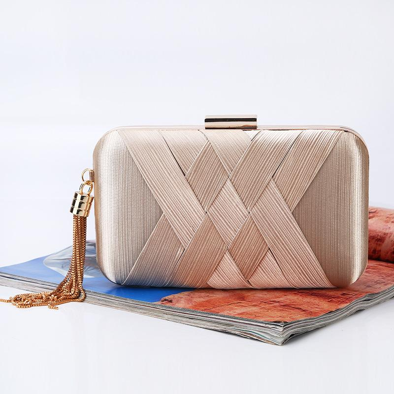41dfafa4f37 Cheap Shoulder Bag for Wedding Party Best Silver Wristlet Evening Bag
