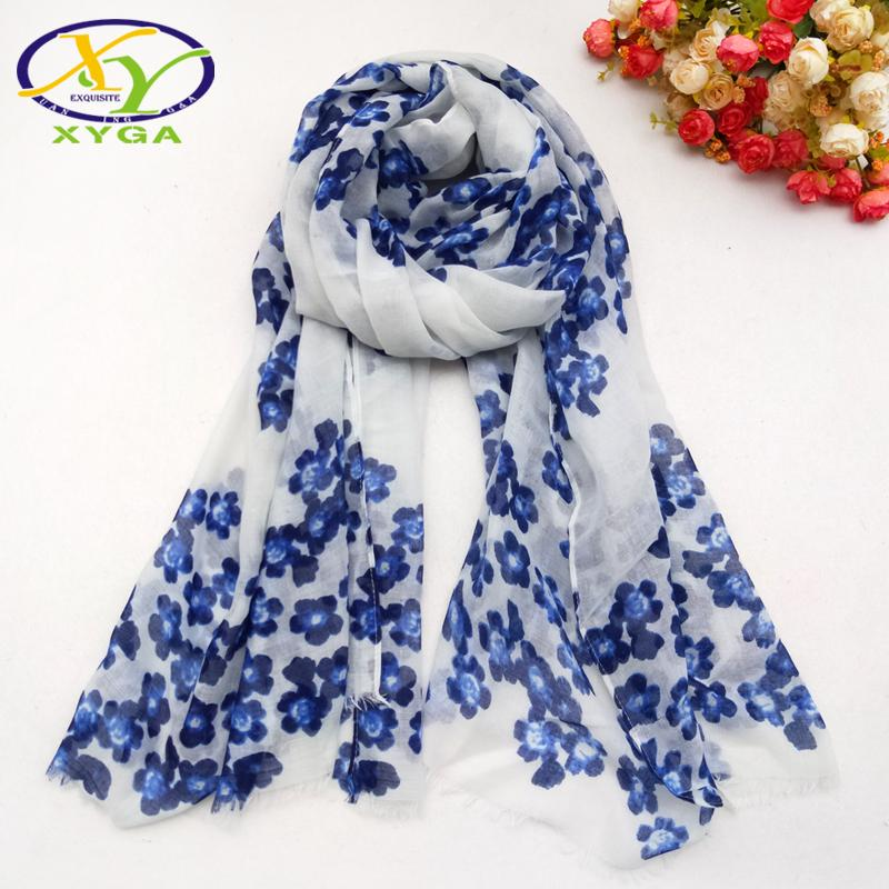 Cotton Blue Flower Printed Women Scarf With Tassel Spring New Fashion Soft Ladies Shawl Thin Summer Bikini Cover Head