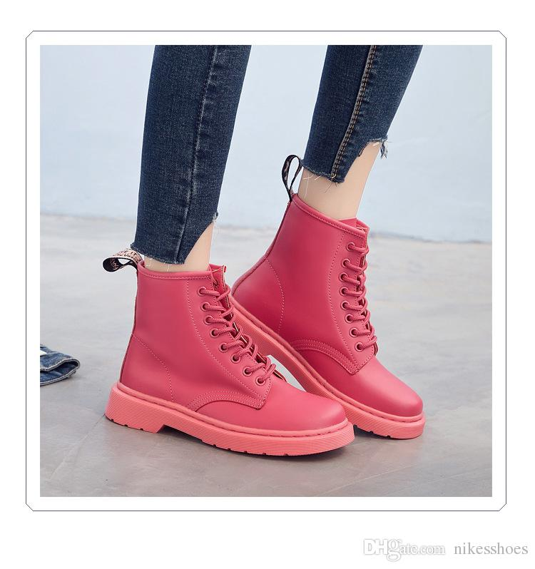 2018 new winter boots Martin female leather shoes flat Strappy shoes boots locomotive British style white shoes