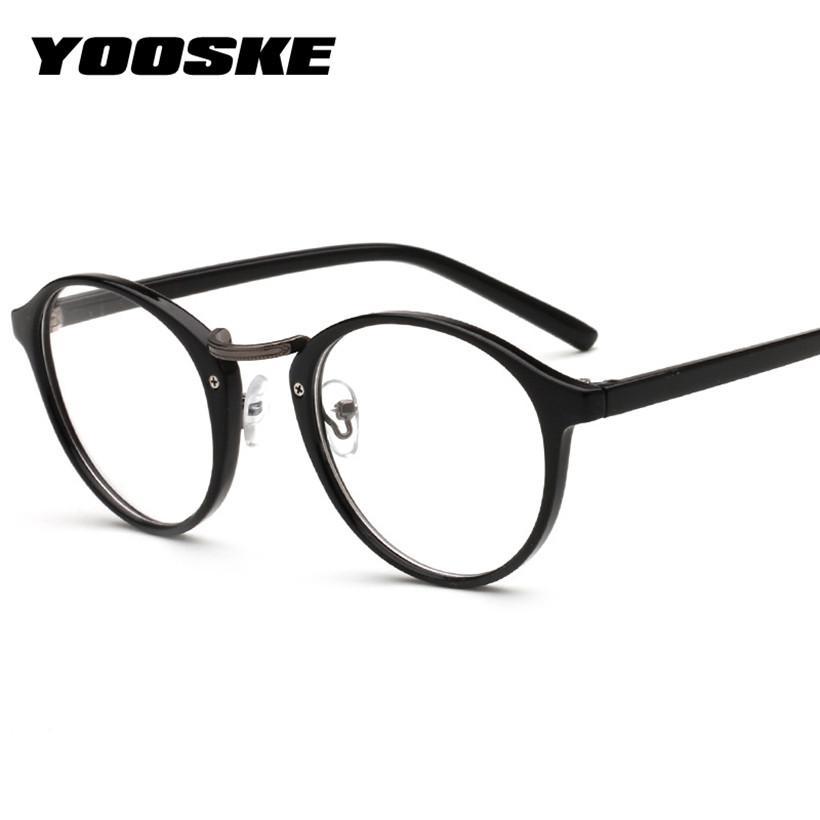 Compre Yooske Óculos Vintage Mulheres Retro Rodada Óculos De Armação Dos  Homens De Vidro Transparente Eyewear Óptico Ultraleve Círculo Miopia Quadros  De ... bb899729bc