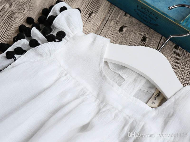 2018 INS, das heißes Sommerkind des Sommers Kinderkind-Normallackkleidkinder quadratischer Kragen fliegender Ärmel mit eleganten Farben des Quasten-eleganten Kleides 2 verkauft