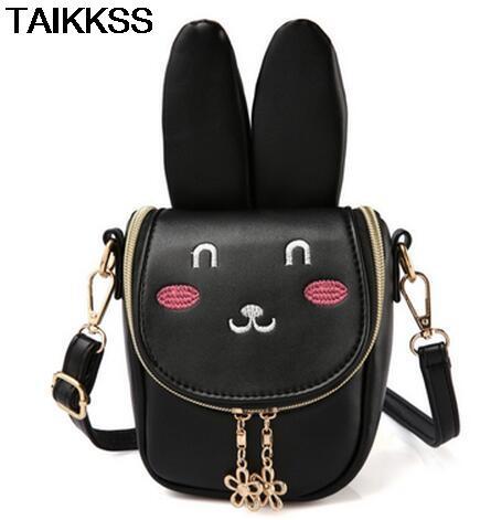 66a0f0eed0b3 Waist Bag Women Rivets Waist Fanny Pack Bags Luxury Brand Fashion ...