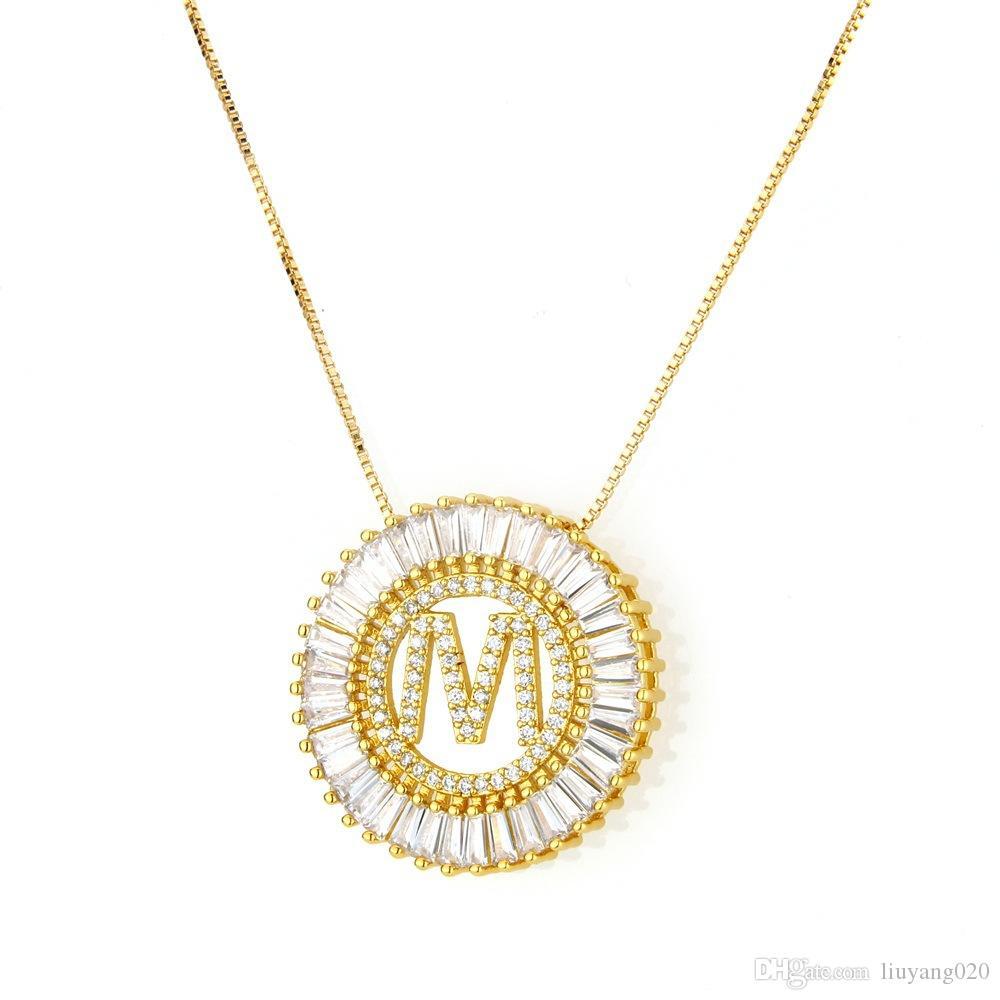 48d02fe5800b Compre Hip Hop Rapper Jewelry Bling Bling Circular Colgante A Z Letra V  Golden CZ Collar Unisex Joyería De Moda Regalos A  15.32 Del Liuyang020