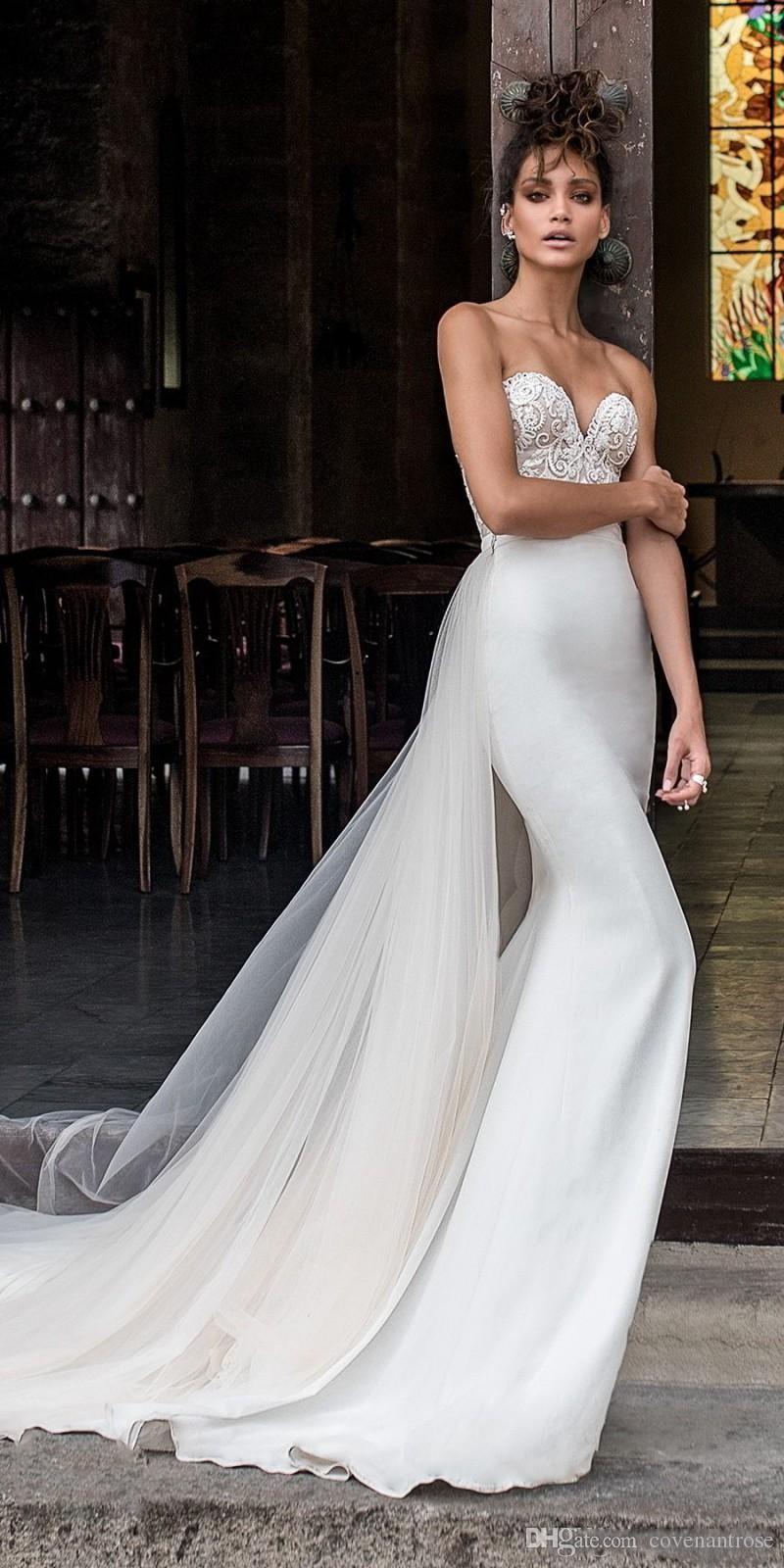 2018 Mermaid Julie Vino Brautkleider Lange Schatz-Spitze Appliqued Backless Satin Brautkleider vestido de novia