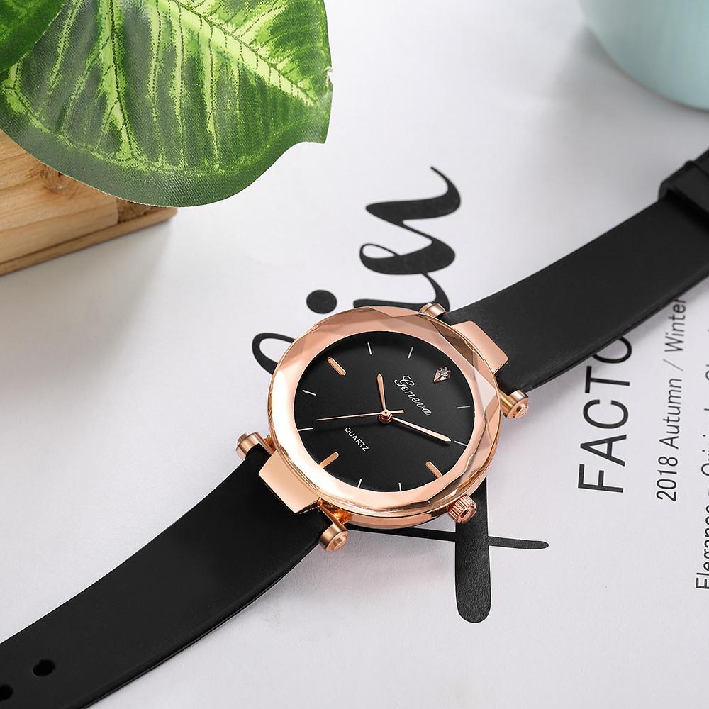 1311812773c Compre Moda Das Senhoras Das Mulheres Relógios Genebra Silica Banda  Analógico De Quartzo Relógio De Pulso Dos Homens Relógios Para As Mulheres  Casal ...