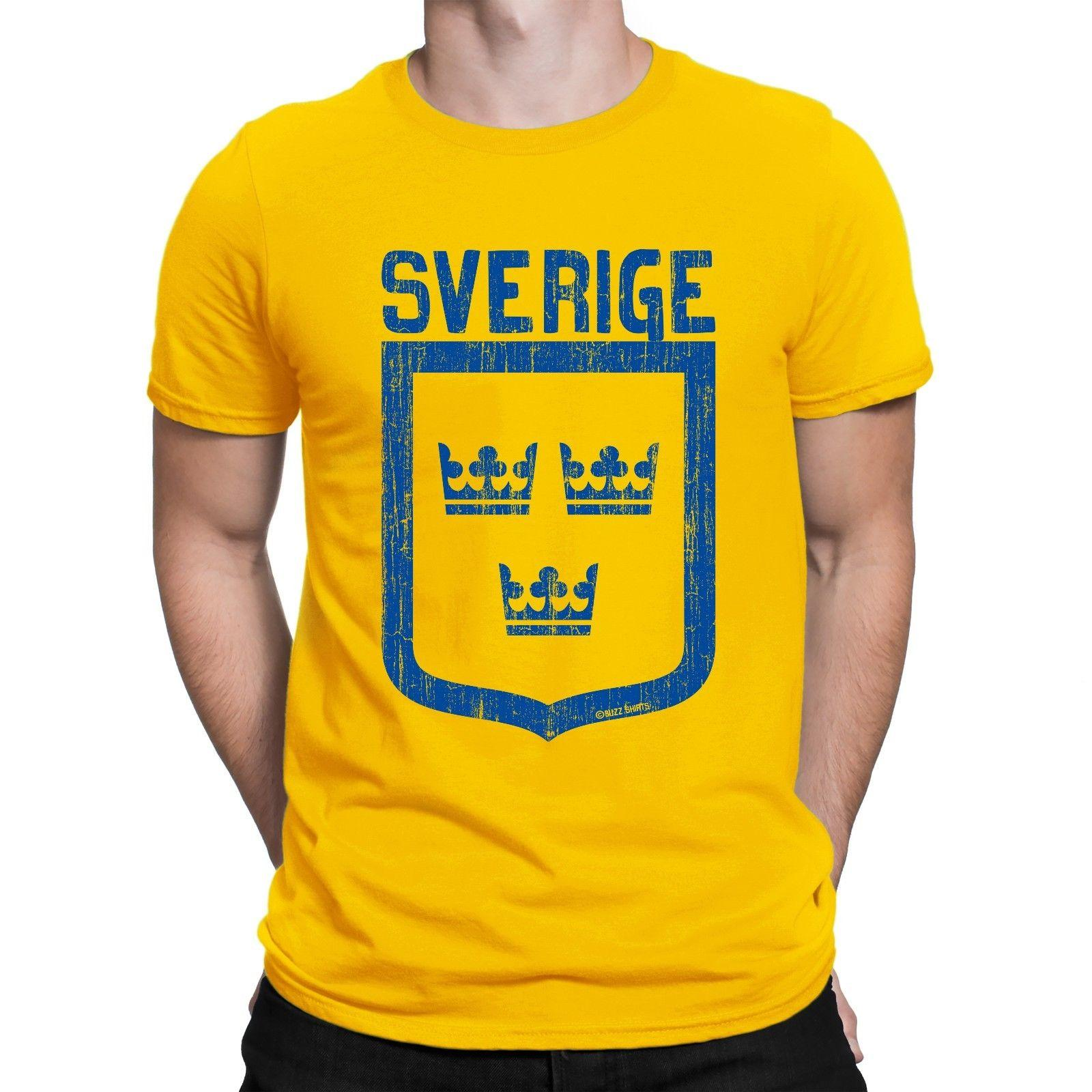 aae57c677 Details Zu Mens T Shirt SVERIGE Crowns SWEDEN World Cup 2018 Football  Patriotic Retro Cool T Shirts T Shirts Online From Lukehappy14