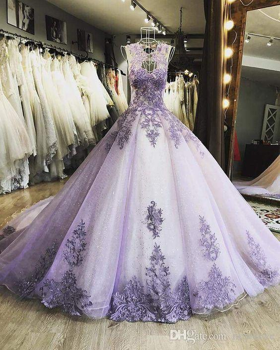 Vestidos de fiesta románticos de lavanda Vestido de fiesta largo de encaje Vestido de noche Fiesta de lujo con cuentas Vestido brillante para ocasiones especiales