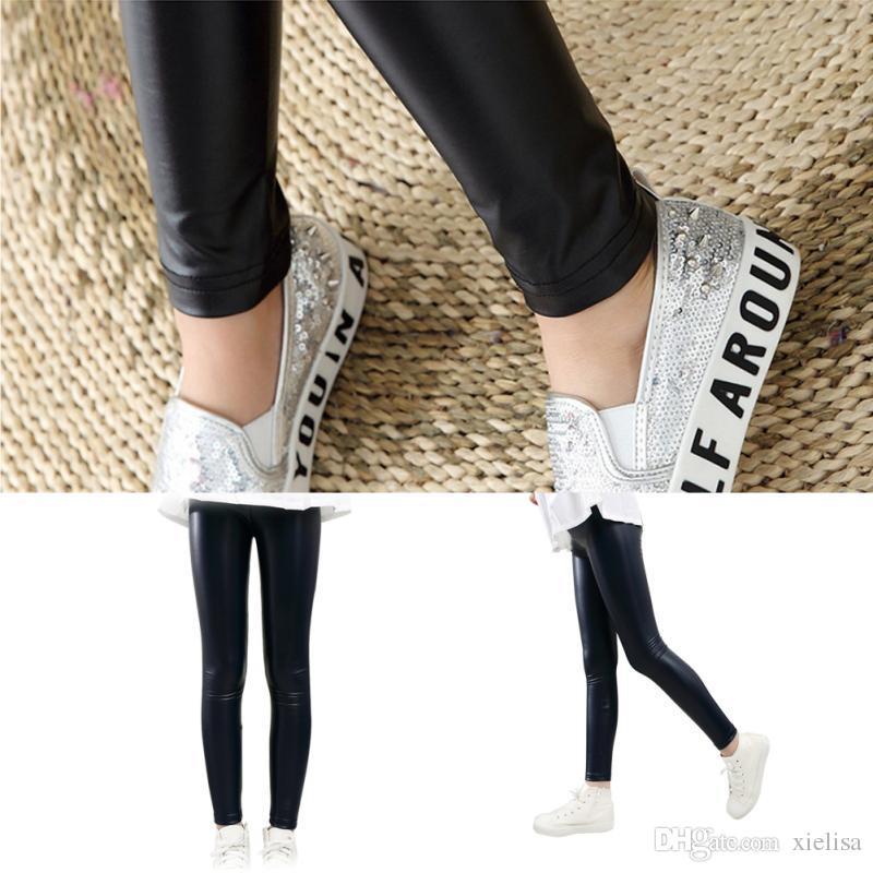 Niñas bebés Leggings negros Invierno Niños Delgado Espesar Terciopelo Lápiz Pantalón Niños Calientes Pantalones de cuero de la PU Elástico Legging