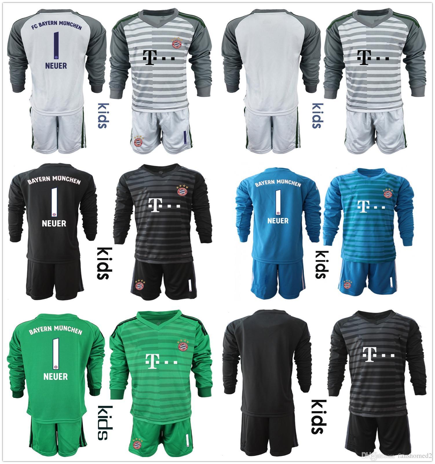 Compre 2018 2019 Crianças Manga Longa NEUER Goleiro Jersey Kit Conjuntos De  Futebol De Juventude   1 Manuel Neuer   26 Ulreich Hoffmann Kits De Futebol  KID ... 5dfeebc29b92c