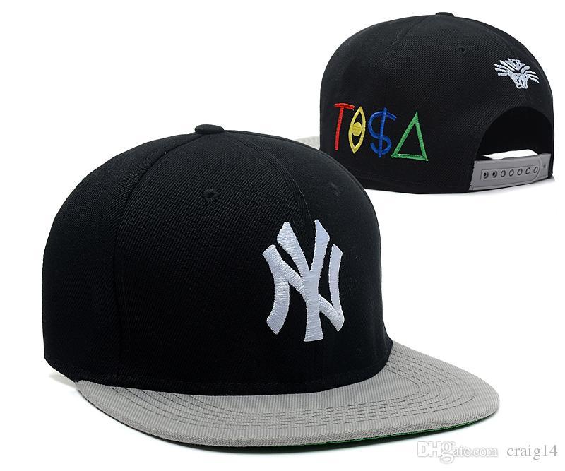 Compre 2018 Nuevos Hombres Mets Camo Color Snapback Sombreros Bordados  Carta Ny Logo Sport Visor Plano Adjustabl Gorras De Béisbol A  6.84 Del  Craig14 ... 6fc46e0927e