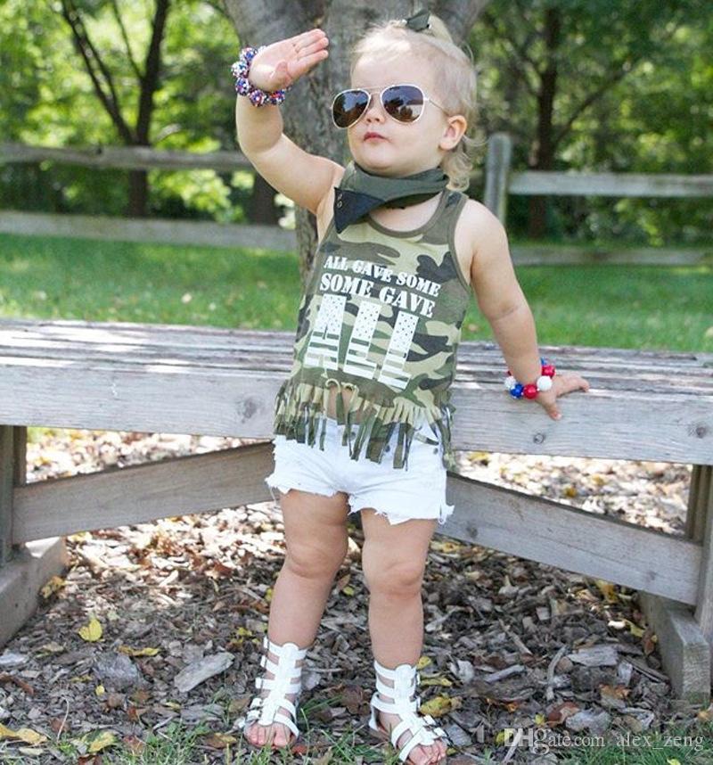 Baby-Mädchen-Kleidungs-Satz-Mädchen-Tarnungs-Weste-T-Shirts + weiße kurze Hosen stellte Sommer-Kindersleeveless T-Shirts 2018 Hosen-Klagen ein