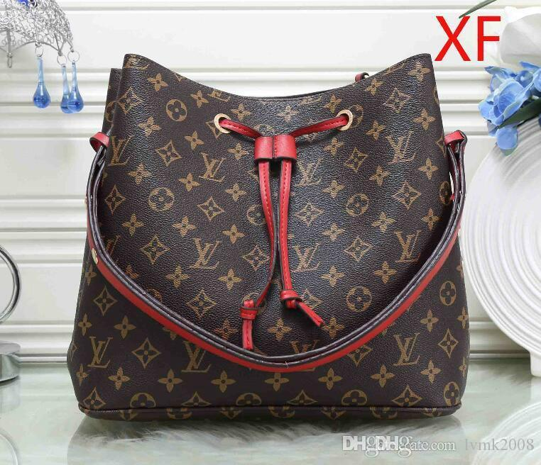 26797d3c7f93 Wholesale 2018 Fashion Ladies Leather Bag European Designer Michael Handbag  Lady Shoulder Bag Classic Mail Bag Luxury Handbag Free Delivery 2018  Designer ...