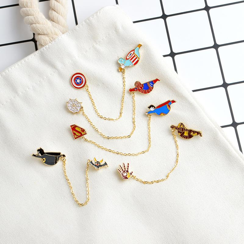 QIHE JEWELRY Spilla da supereroe Spilla Badge Spiderman Batman Superman Captain America Ironman Marvel DC gioielli accessori gioielli