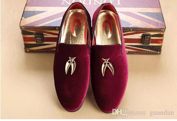 Promotion Spring/Autumn Men Velvet Loafers Party Wedding Shoes Europe Style Embroidered Black Velvet Slippers Tassel Driving Moccasins