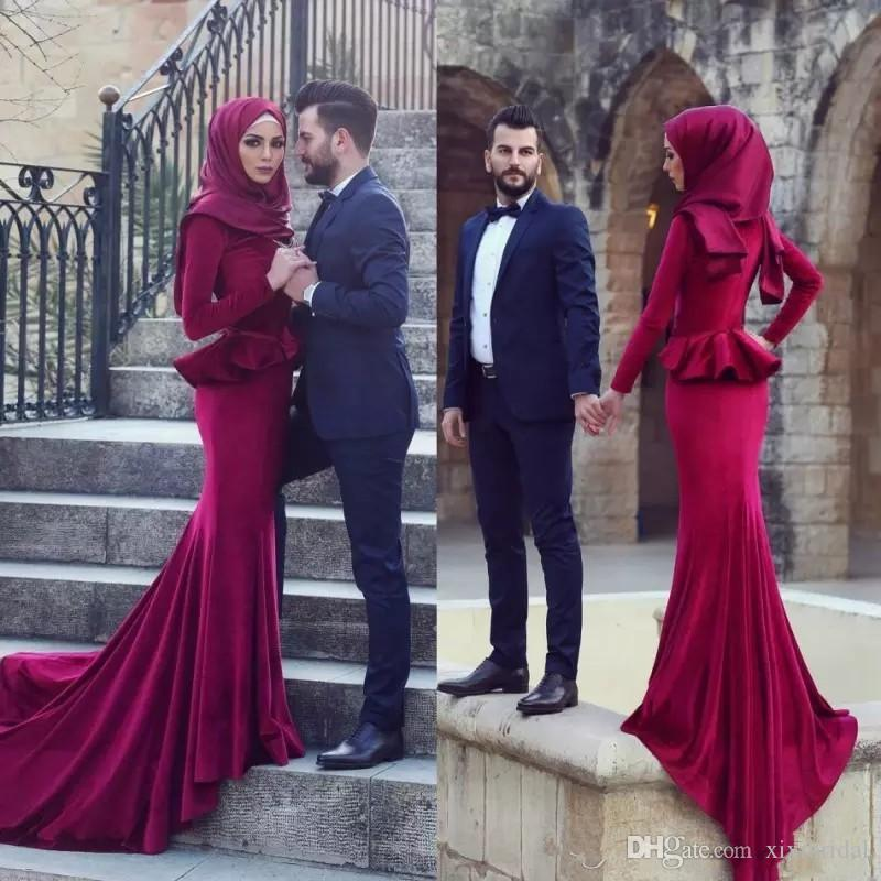Elegant 2018 Burgundy Muslim Mermaid Dresses Evening Wear Hijab Long  Sleeves Sweep Train Prom Gowns Vestidos De Fiesta Evening Dresses Uk Cheap  Evening ... f6f2cbc5c83e