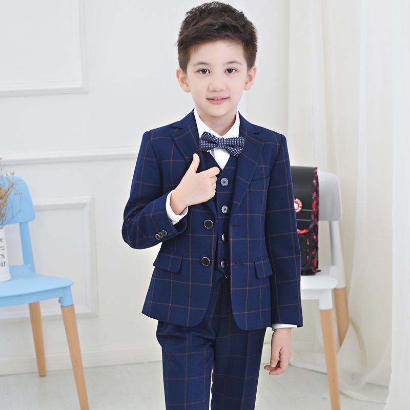 8dceff244 Compre 2018 Traje De Niños Trajes De Niños Bebés Niños Blazer Niños Traje  Formal Para Bodas Niños Ropa Set Chaquetas + Camisa + Pantalones 4 Unids 4  14Y A ...