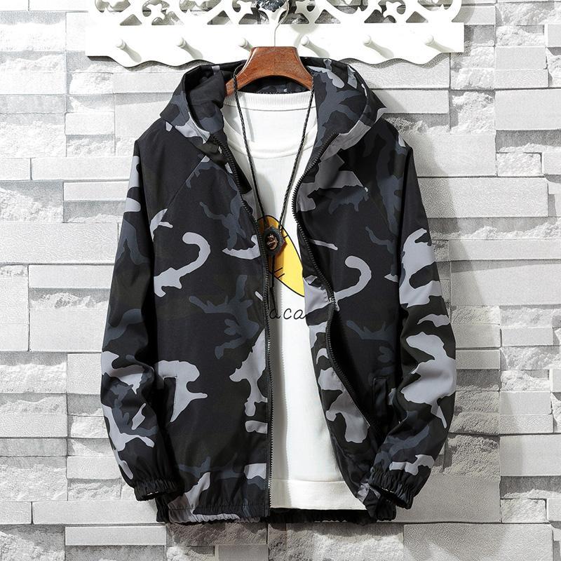 7909f9efbbea Acquista Camouflage Giacca Da Uomo Novità 2018 Autunno Abbigliamento Zipper  Hooded Coat Uomo Camo Mens Giacca A Vento Hip Hop Streetwear Giacca Uomo A  ...