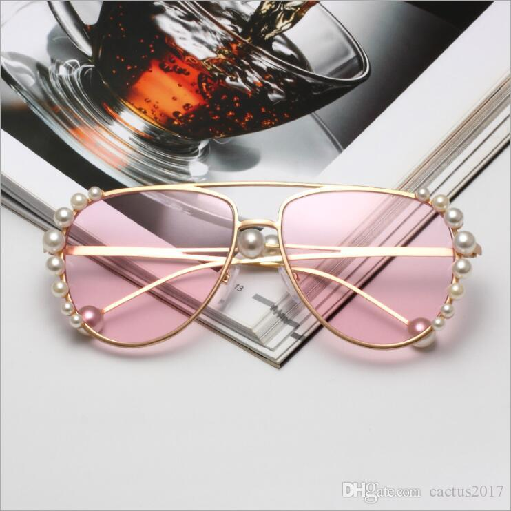 b373a14a788 Luxury Pearl Sunglasses Women 2018 New Clear Pink Pilot Sun Glasses Brand  Designer Metal Frame Eyewear Female Oculos Running Sunglasses Sunglasses  Case From ...