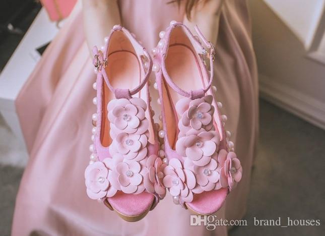 2018 Yaz Pembe Inci Tıknaz Topuk Peep Toes Çiçek Düğün Ayakkabı Kadın Yaz Katı Platformu Yüksek Topuk Ücretsiz Kargo