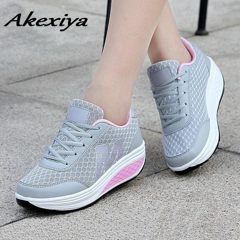 2019 Women Sneakers 2018 Net Breathable Increase In Height Women S Sports  Shoes Zapatillas Mujer Soft Womens Running Shoes For Sport From Pineappleg 9c6dc1b31