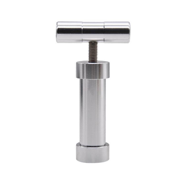 Cigarette lighter accessories, cylindrical smoke holder, aluminum smoke presser, metal large scale smoke suppressor.