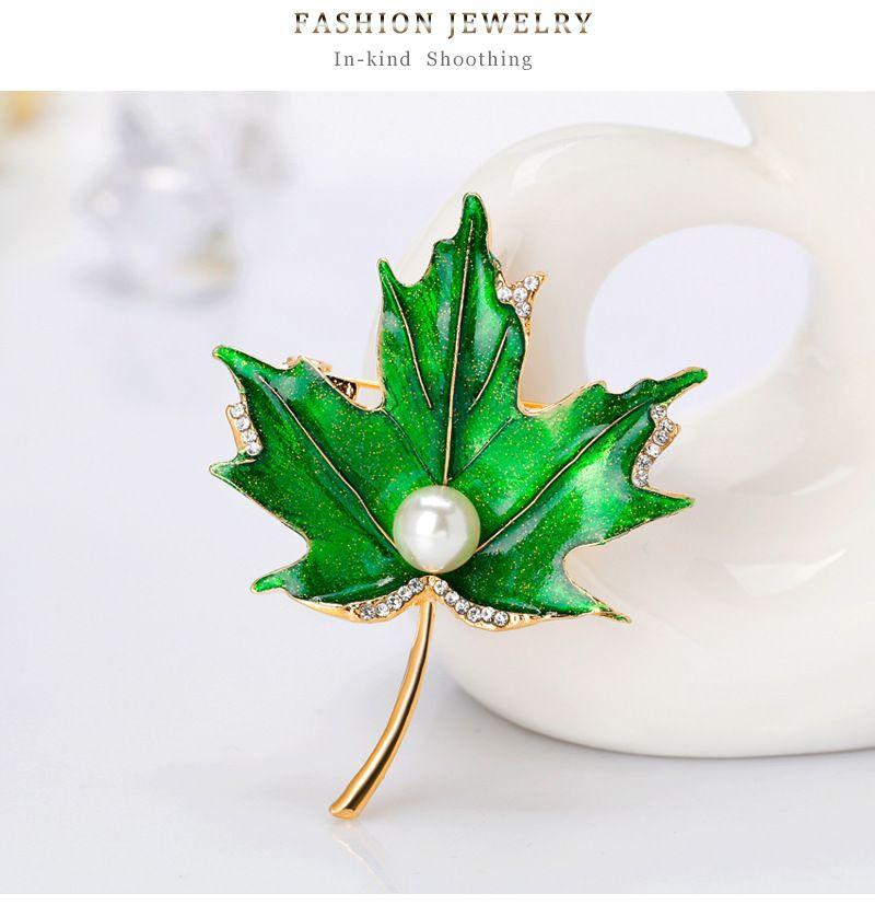 Retro Green Plant Leaf Brooch Inlaid Artificial Gem Female
