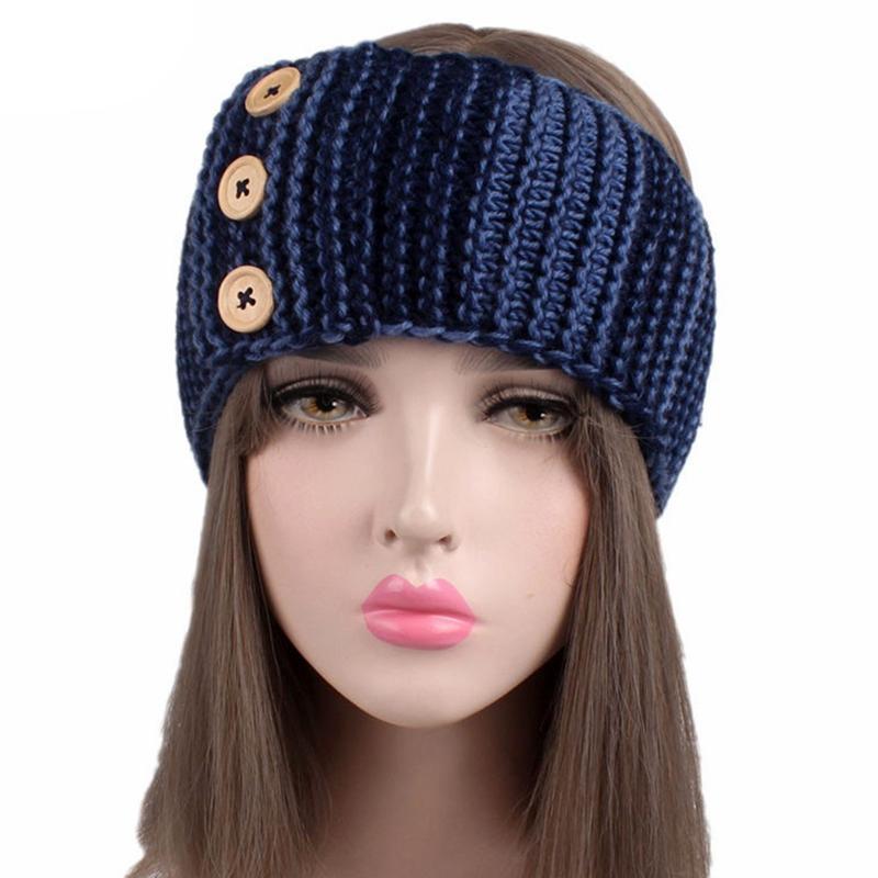 4fc172d62684d6 Großhandel 2019 Neue Mode Winter Verkauf Drei Holz Schnalle Wolle Haarband  Damen Winter Warme Ohrenschützer Stirnband Von Ximamout, $35.37 Auf  De.Dhgate.